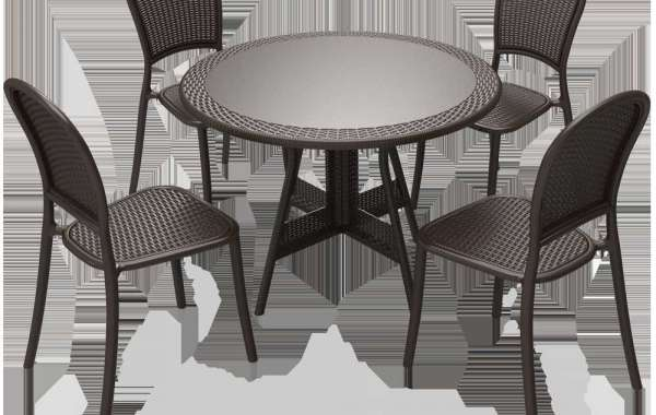 How to Clean and Maintain Outdoor Lounge Set